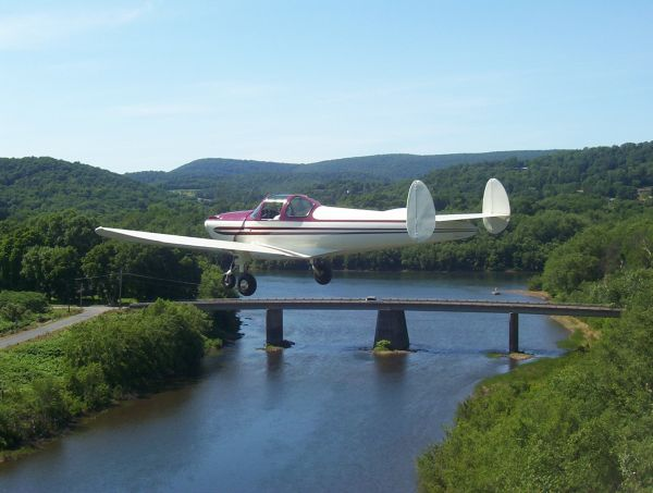 On final flying into Lock Haven, Pa. for the 2007 annual